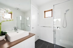 1-11-Montpellier-bathroom