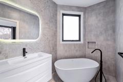 Bath-002
